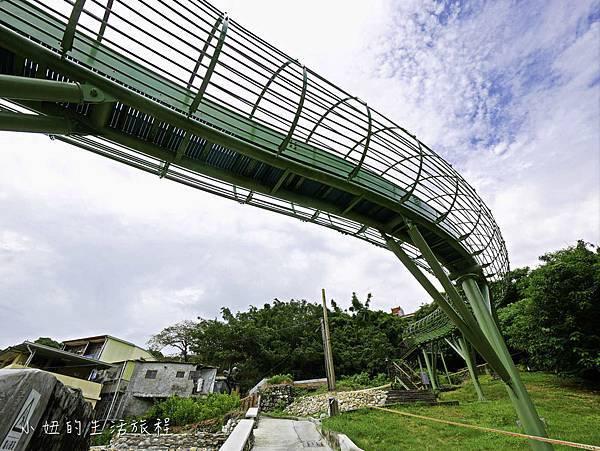 全台最長滾輪式溜滑梯,高雄哈瑪星溜滑梯-4.jpg