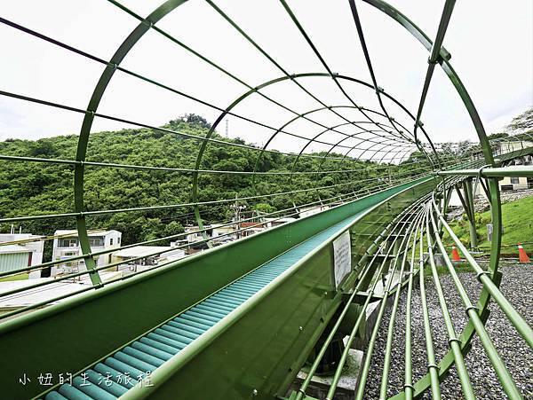 全台最長滾輪式溜滑梯,高雄哈瑪星溜滑梯-9.jpg