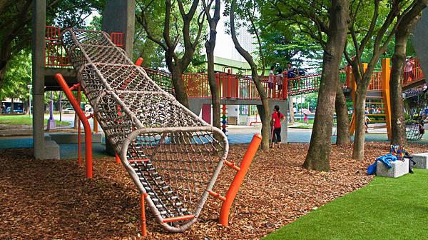 四維公園-巨獸攀爬遊戲場,板橋,特色公園-6.jpg