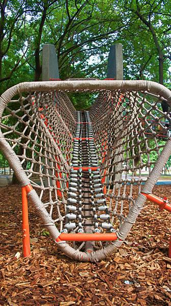 四維公園-巨獸攀爬遊戲場,板橋,特色公園-7.jpg