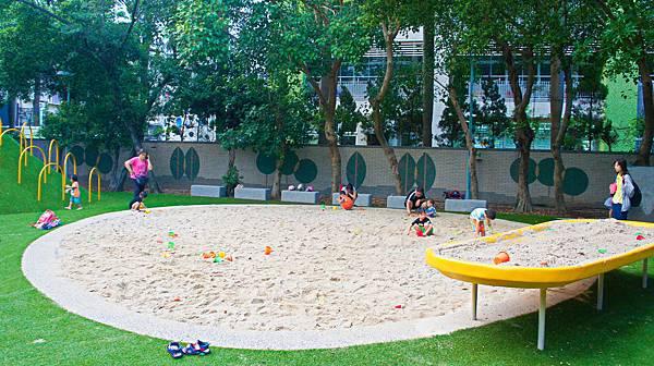 四維公園-巨獸攀爬遊戲場,板橋,特色公園-9.jpg