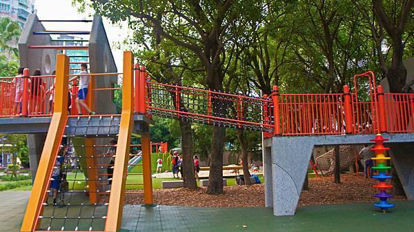 四維公園-巨獸攀爬遊戲場,板橋,特色公園-17.jpg
