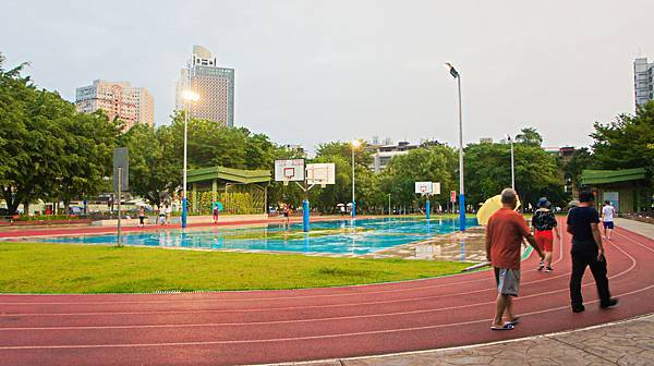 四維公園-巨獸攀爬遊戲場,板橋,特色公園-19.jpg