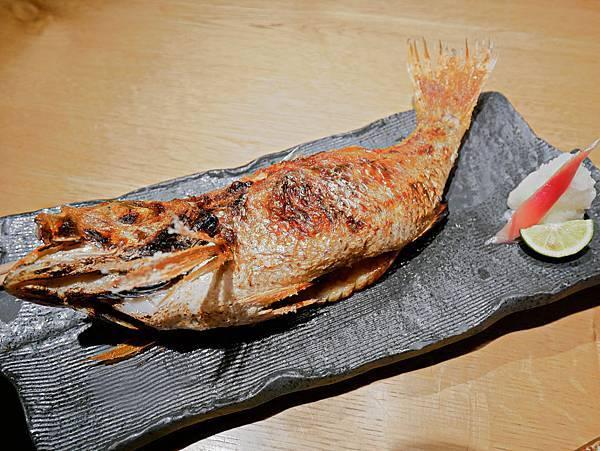 Nadamu Nakamata Tsuiji  築地 居酒屋 のどぐろの中俣 築地-28.jpg