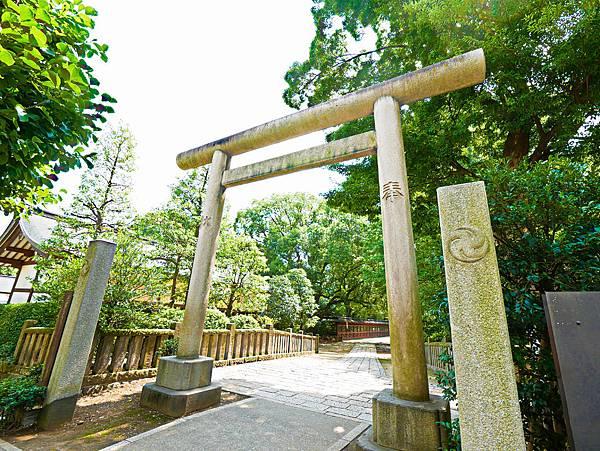 千本鳥居 (根津神社)-2.jpg