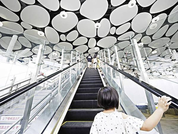 高雄車站,新高雄車站,2018-1.jpg