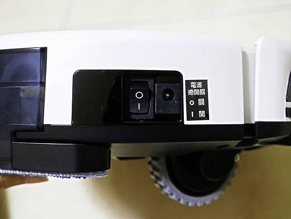THOMSON掃地機器人TM-SAV26DS-17.jpg