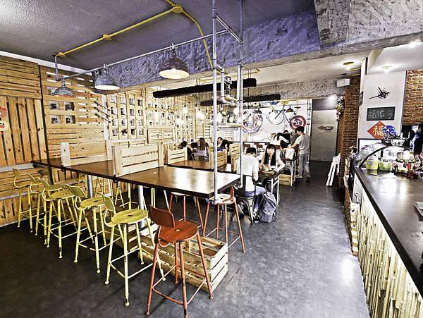 信義區早午餐美式餐廳,TankQ Cafe & Bar松菸店-9.jpg