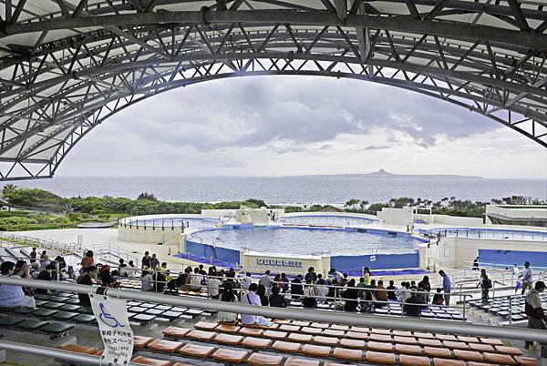 沖繩美麗海水族館-13.jpg