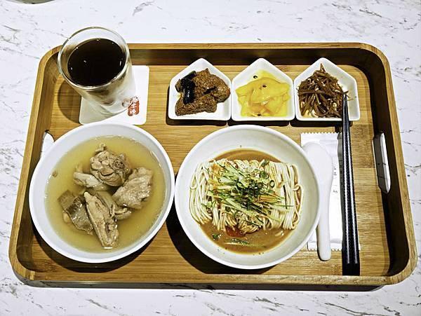 桃園龜山,湯本源,肉骨茶-13.jpg