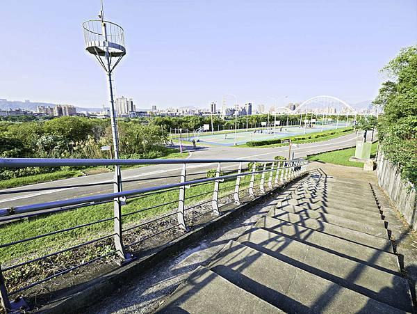 湳仔溝鐵馬驛站,自行車步道,新月橋下-29.jpg