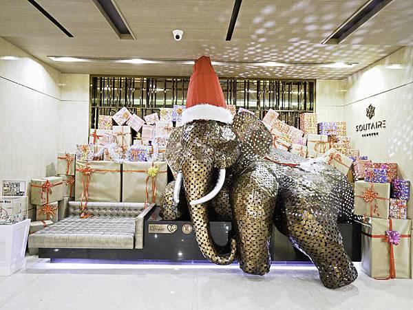 Solitaire Bangkok Sukhumvit 11-15.jpg
