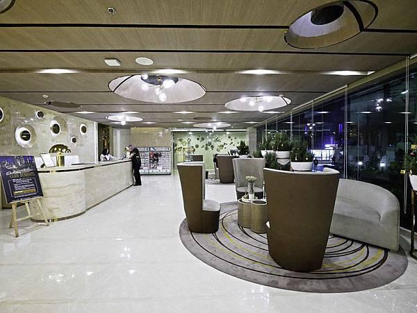 Solitaire Bangkok Sukhumvit 11-16.jpg