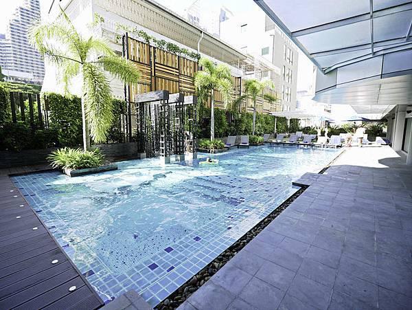 Solitaire Bangkok Sukhumvit 11-26.jpg