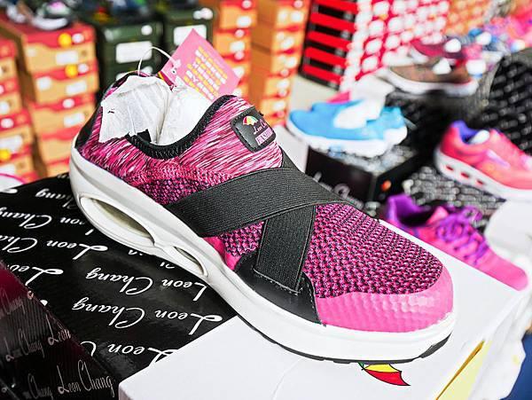 台灣國際書展特賣會,吉村球鞋,內衣特賣會-56.jpg