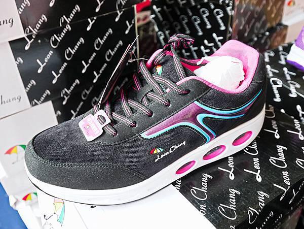 台灣國際書展特賣會,吉村球鞋,內衣特賣會-57.jpg