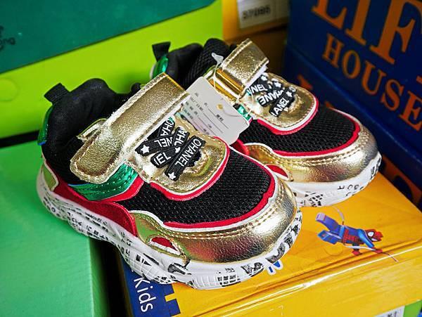 台灣國際書展特賣會,吉村球鞋,內衣特賣會-92.jpg