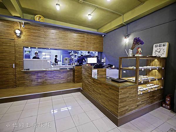 上味食堂,台東美食,行李箱牆-7.jpg