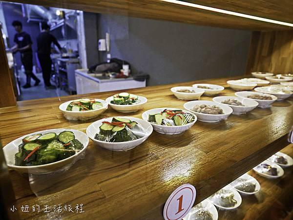 上味食堂,台東美食,行李箱牆-8.jpg