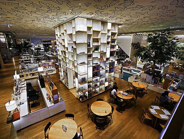 貴婦百貨 六樓書店-11