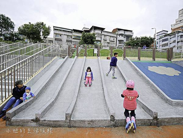 道南河濱公園遊戲場-13.jpg