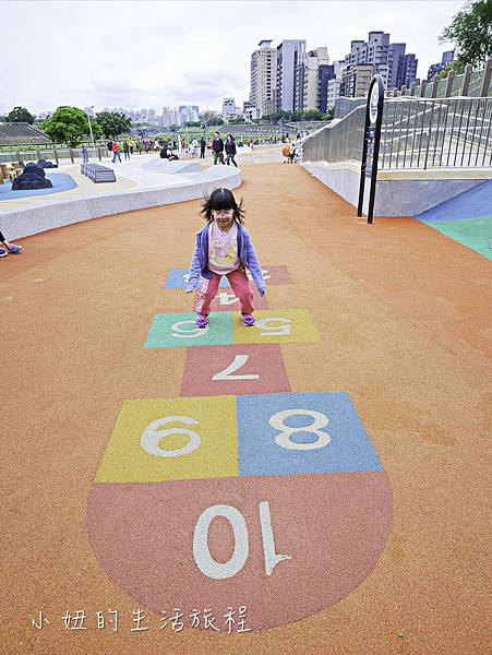 道南河濱公園遊戲場-16.jpg