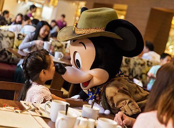 DW_042217_Disney_DEL_SOB1922_JS.jpg