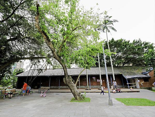 艋舺公園,和平青草原,萬華特色公園-3.jpg