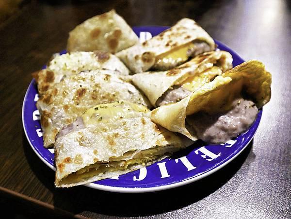 新莊早午餐,CAVA早安日安,芋泥蛋餅-5.jpg
