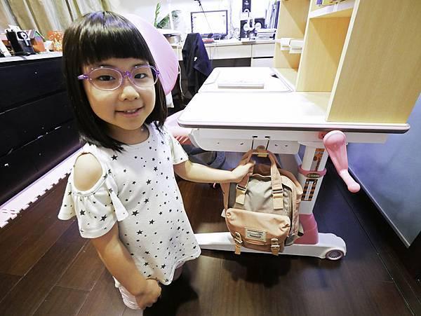 成長天地,兒童書桌,兒童椅-10.jpg