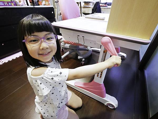 成長天地,兒童書桌,兒童椅-11.jpg