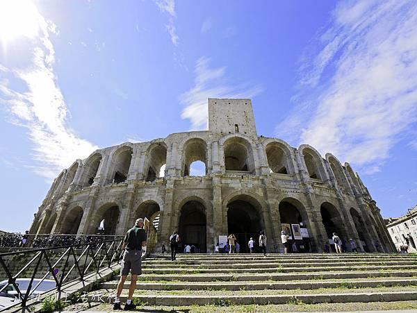 南法景點,梵谷,羅馬劇場-8.jpg