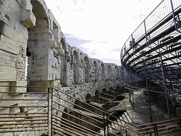南法景點,梵谷,羅馬劇場-16.jpg