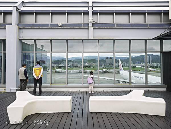 松山機場景觀台,看飛機-15.jpg
