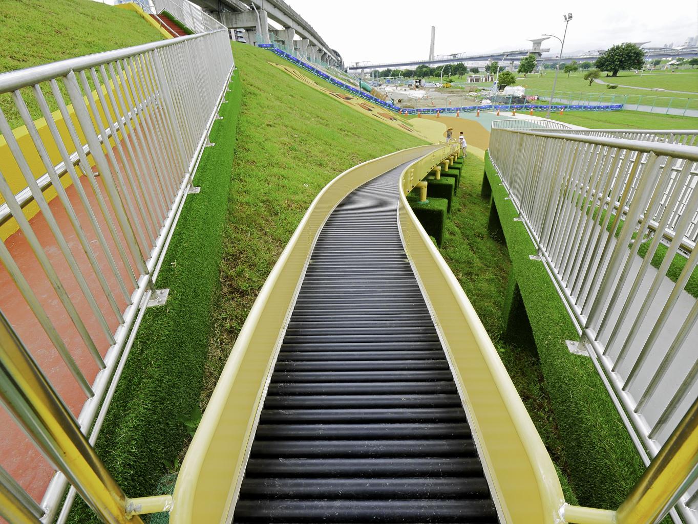 大都會公園,獼猴溜滑梯-35.jpg