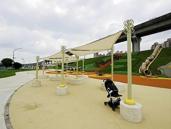 大都會公園,獼猴溜滑梯-42.jpg