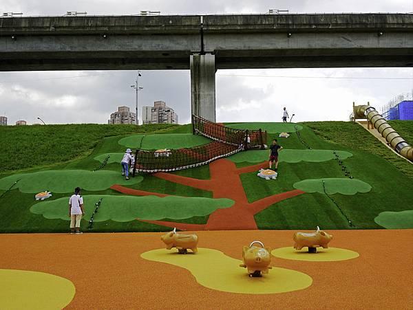 大都會公園,獼猴溜滑梯-47.jpg