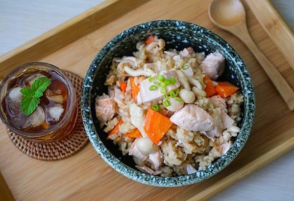 鮭魚菇菇炊飯-14.jpg
