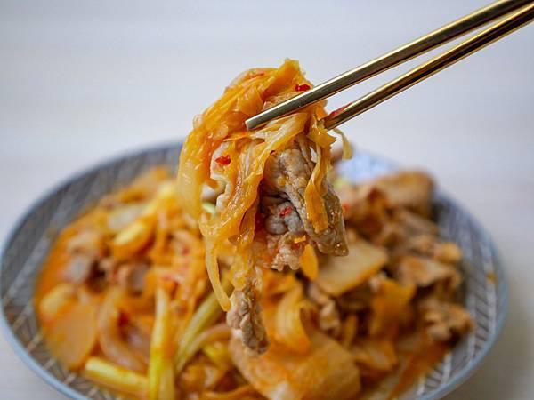 泡菜炒豬肉-10.jpg