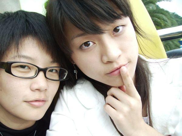 江江AND小蜜蜂1.JPG