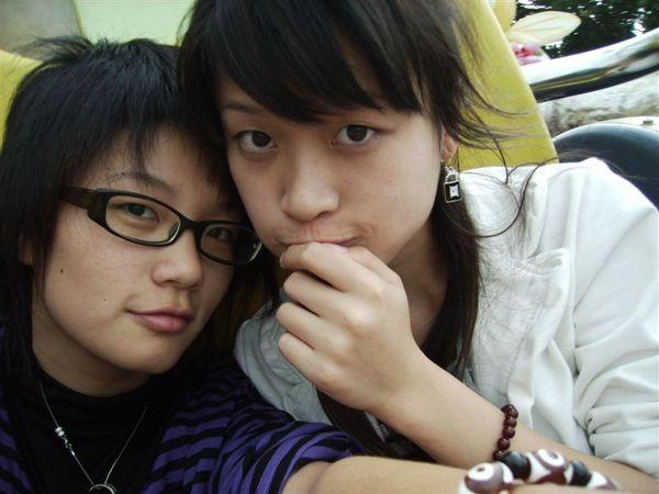 江江AND小蜜蜂2.JPG