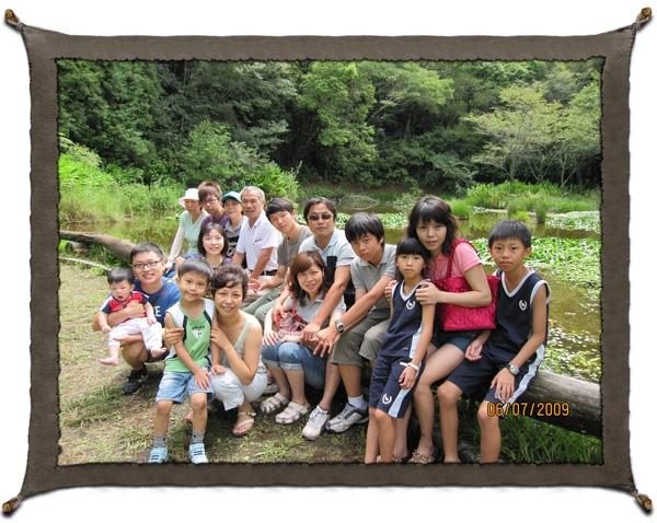 20090706奧萬大全家福.jpg