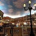 2013-12-23-威尼斯天幕廣場-3.jpg