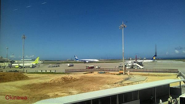 沖繩機場-3.jpg