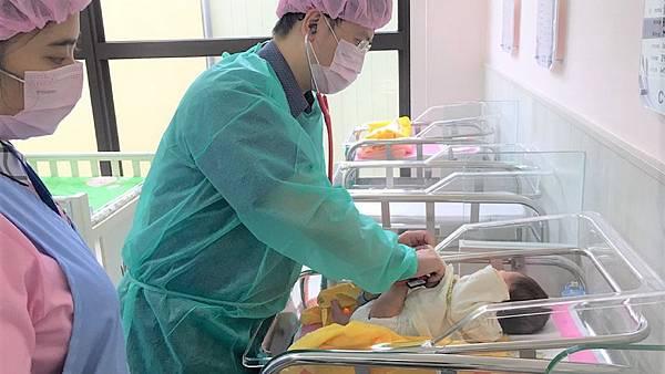 嬰兒室照護