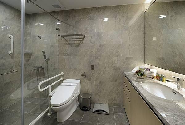 月子中心浴室