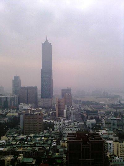 IMAGE_902-漢來窗外市景-1.jpg