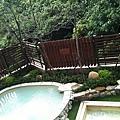 陽台外的溫泉泡腳池_1.jpg