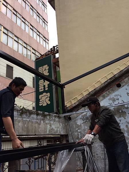 140226鐵工採光屋頂 (2).jpg