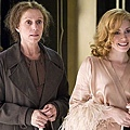 miss-pettigrew-lives-for-a-day-001-450.jpg